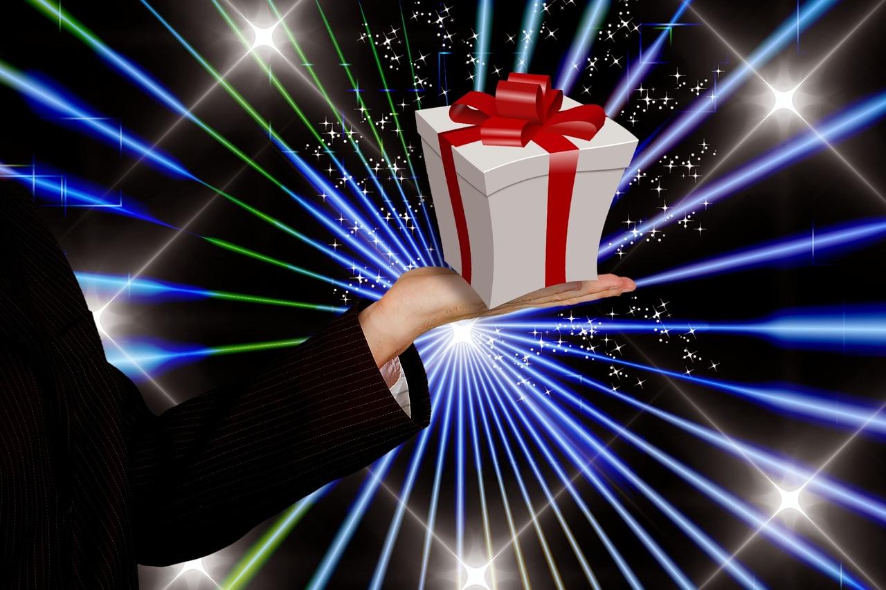 上司や同僚、友人・知人など周りの人へのプレゼント